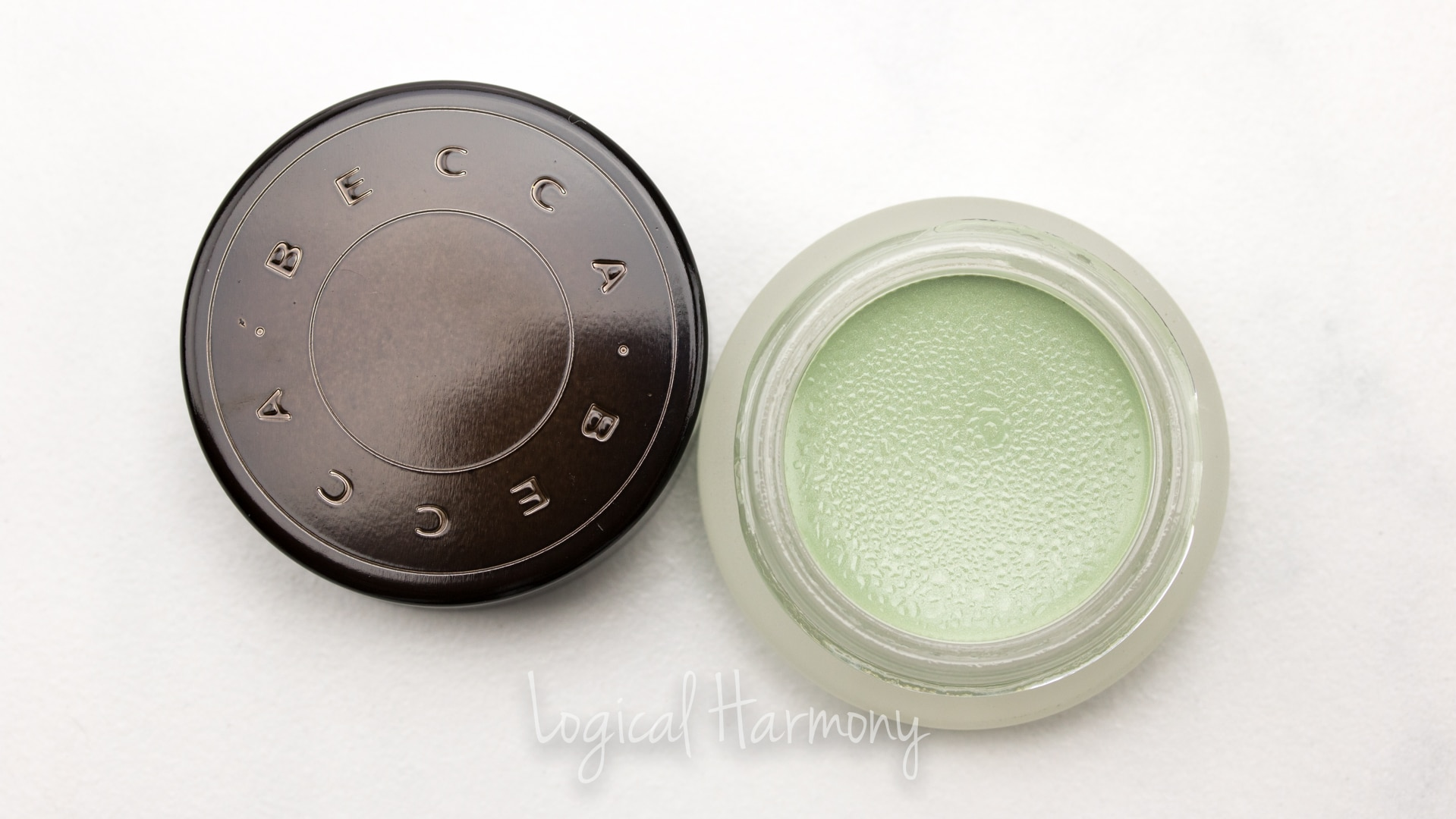 BECCA Backlight Targeted Colour Corrector in Pistachio